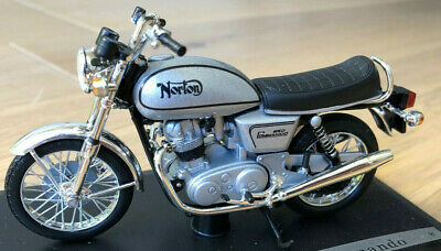 Norton Commando solido 84003 1:18