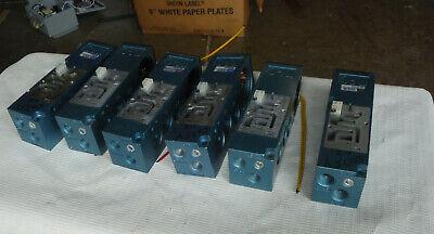Lot Of Six Mac 82a-0a-bka Cka Pneumatic Manifold Base Mac Valve Mounting