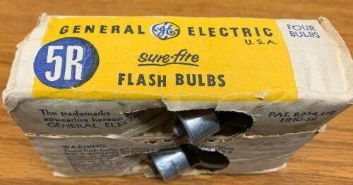 NOS 4 VINTAGE 5R General Electric FLASH BULBS