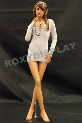 Female Fiberglass Mannequin Pretty Face Elegant Pose Dress From Display Md-fr8