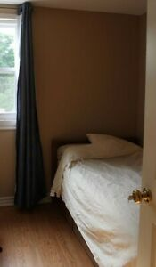 Immediate:Furnished bed Rm in a clean rooming house near downtwn