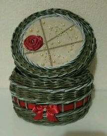 Handmade paper wicker box with a lid, No2