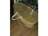 Moses basket, Stand and bath