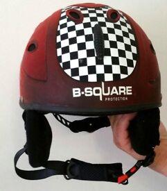 Cycling, Skateboarding, Roller skating, Ski/Snowboarding Sports Helmet