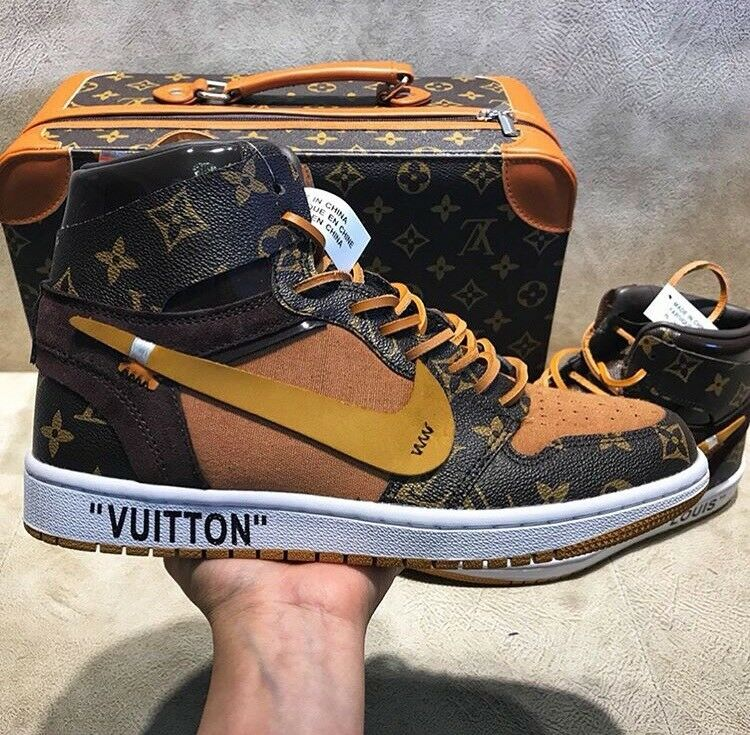 a5f0a927ff4 Louis Vuitton Off White x Nike Air Jordan 1 | in Brixton, London | Gumtree