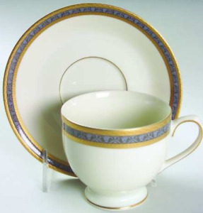 "MIKASA ""Embassy Court"" bone china (Service for 6)"