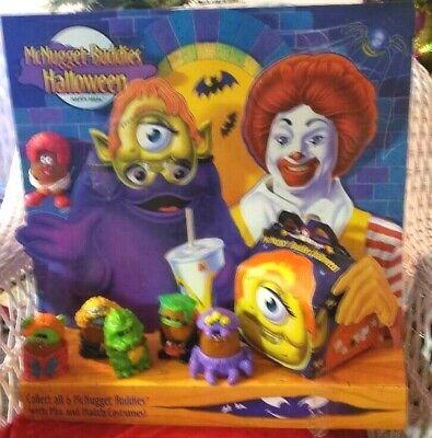 1996 MCDONALDS HAPPY MEAL HALLOWEEN ,MCNUGGET  DISPLAY  COMPLETE GREAT SHAPE](Great Halloween Meals)