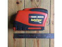 Black and Decker 25' 7.6m tape measure- battery operated