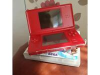 ds in red