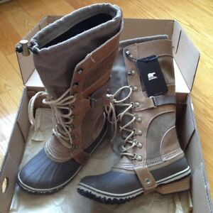 BRAND NEW SOREL CONQUEST CARLY BOOTS