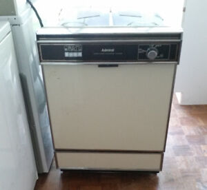 DISH WASHER- GREAT CONDITION