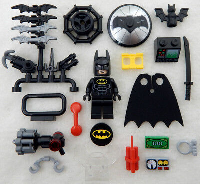 New Lego Batman Movie Minifig With 20  Accessories Lot Minifigure Grappling Hook