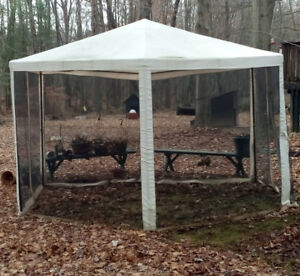 Large Canvass Screened Gazebo
