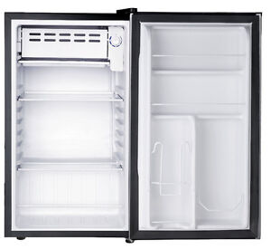 RCA 3.2 cu. ft. Refrigerator- Best Price Guaranteed- Barely Used