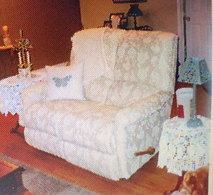 Reclining couch and loveseat London Ontario image 2