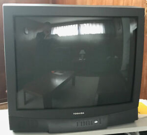 """32"""" Colour TV (CRT TYPE) With Digital-to-Analog Converter"""