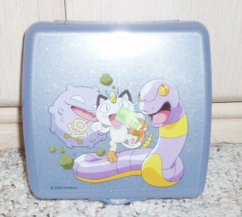 TUPPERWARE Pokemon 2000 Nintendo Hinged Sandwich Keeper Container~Blue~#3752