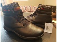 Rebook Leather Boots 5.5 UK