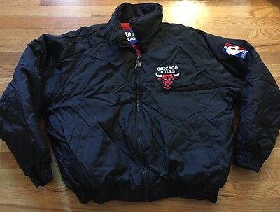 Vintage CHICAGO BULLS Pro Player Basketball NBA Black Color Zipper Up Jacket.