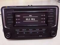 Radio RCN210 for VW Golf Polo Jetta Tiguan Passat AUX MP3 CD USB SD