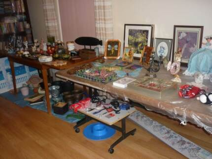 FIGURINES and other items (Mini Garage Sale by appointment) Alexander Heights Wanneroo Area Preview