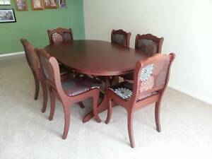 Dining table and chairs Tenambit Maitland Area Preview