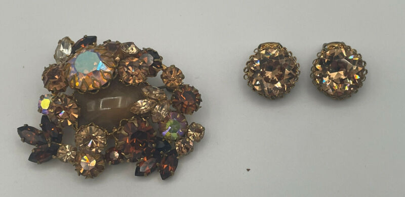 Vintage AUSTRIAN Colored Rhinestone Brooch Pin & Clip Earrings Set Signed