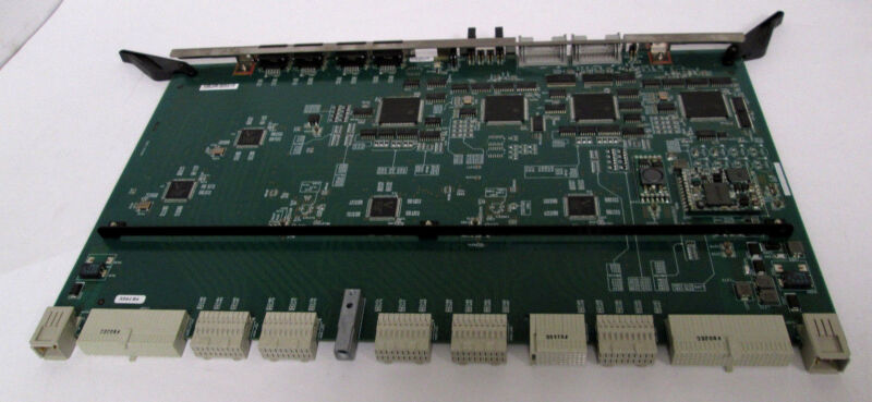 Hitachi 5527983-C SH404-SA3 Fast Ethernet Switch