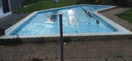 Solar swimming pool cover blanket bubble wrap blue Adelaide CBD Adelaide City Preview
