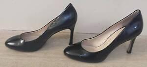 Black patent shoe Size 7/7.5 Nine West Edmonton Cairns City Preview
