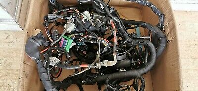 VOLVO XC70 2011 2.4 D5 2007-2016 COMPLETE ENGINE BAY WIRING LOOM