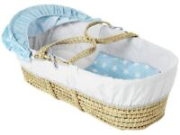 NEW & UNUSED: Clair de Lune unisex moses basket with mattress, light blue quilt, hood, padded lining