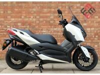 Yamaha XMAX-300, As New, Sporty and dynamic, Only 392 miles!