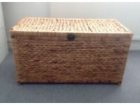 Wicker storage trunk/chest