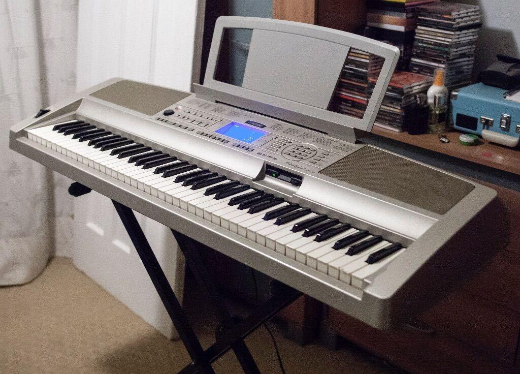 yamaha dgx 300 portable grand keyboard in yardley west midlands gumtree. Black Bedroom Furniture Sets. Home Design Ideas
