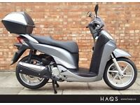 Honda SH 300 ABS, Pristine condition with ONLY 971 miles