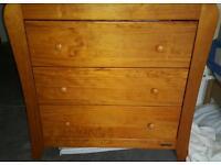 Mamas & papas nursery furniture - wardrobe and changing unit *Make me an offer*