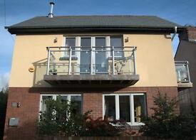 Double room in cosy new eco-house. House share with just 2 other people. Very near river.