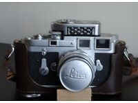 Leica M3 with Elmar 90mm collapsigle lens Coupled MC exposure meter and leather case