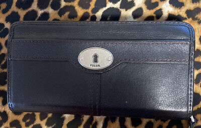 Vintage FOSSIL Black Leather Zip Around Wallet Organizer
