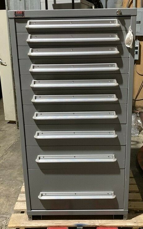 New Lyon 10 Drawer Cabinet Tool Box (Scratch & Dent Special)