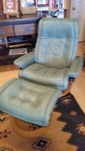 Genuine Stressless Chair Royal