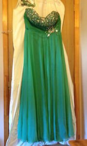 Green prom dress for sale!! Need gone ASAP