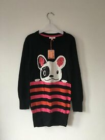 BNWT Girls Black jumper with dog looking at you. Age 9-10