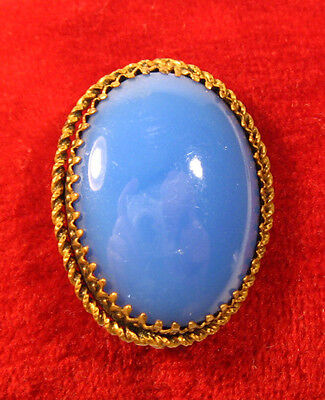 Beautiful Vintage Brass Brooch Big Blue Glass Stone  #580 on Rummage