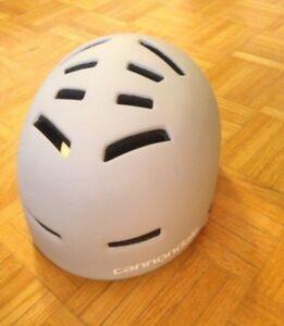 Helmet Canondale. Size M