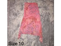 Size 10 | Patterned Skirt