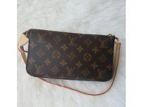Louis Vuitton Pochette Monogram Clutch Messenger Crossbody Women's Designer Handbag