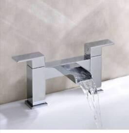 Water fall bath filler
