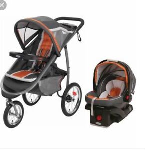 LIKE NEW GRACO CLICK CONNECT TRAVEL SYSTEM - Windsor Region Ontario image 1